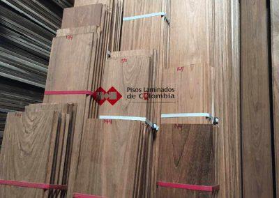 32 pisos en madera maciza32